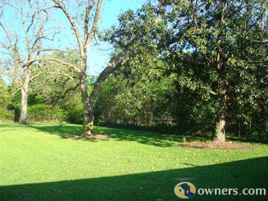 1350 Green Oak Dr, Baton Rouge, LA 70815
