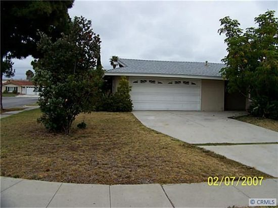 5172 Tasman Dr, Huntington Beach, CA 92649