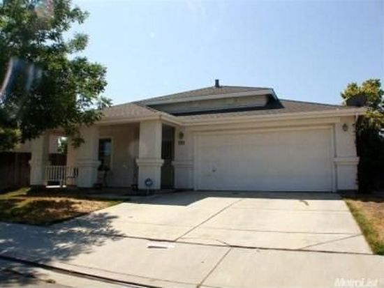 1224 Kingfisher Dr, Patterson, CA 95363
