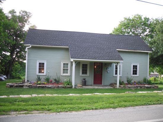 1707 West Rd, Bennington, VT 05201