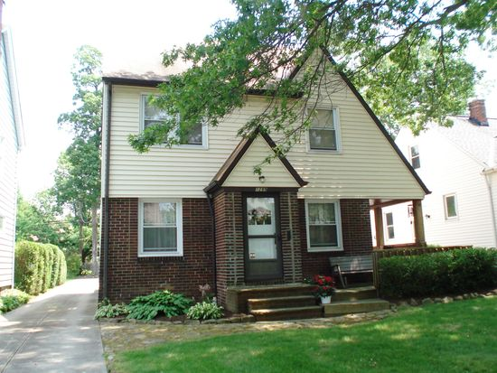 1299 Plainfield Rd, Cleveland, OH 44121