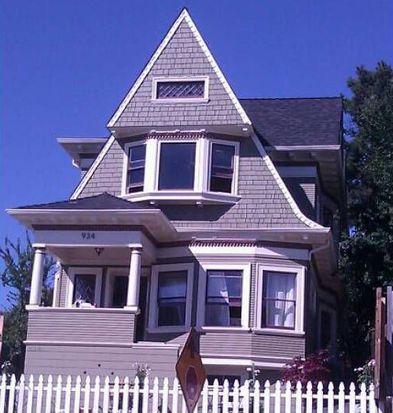 934 E 18th St, Oakland, CA 94606