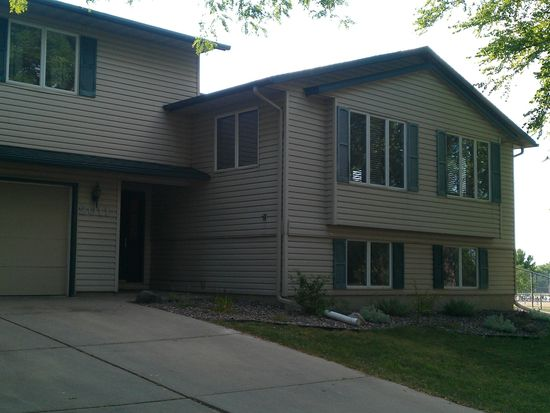 2011 9th Ave SE, Rochester, MN 55904