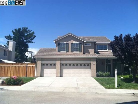 5648 Mount Day Dr, Livermore, CA 94551