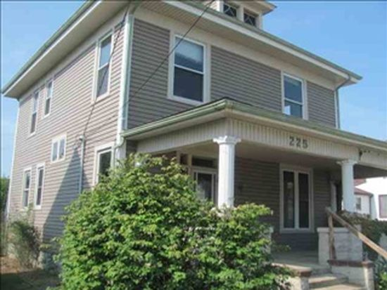 225 E Jackson St, Mulberry, IN 46058