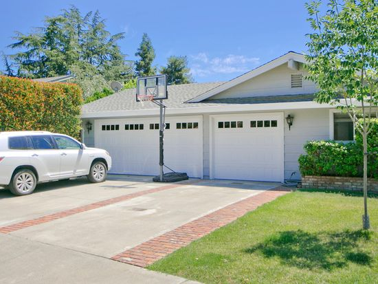 906 Sierra Madre Way, Davis, CA 95618