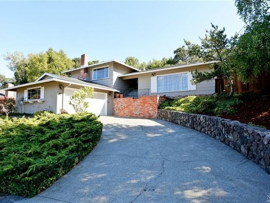 107 Rollingwood Dr, San Rafael, CA 94901