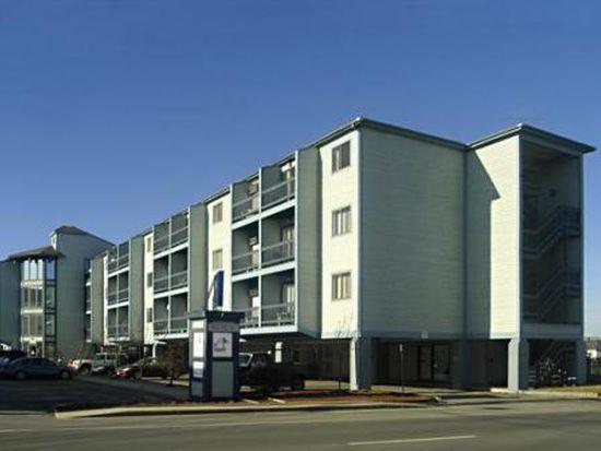 32 Ashworth Ave # 412, Hampton, NH 03842