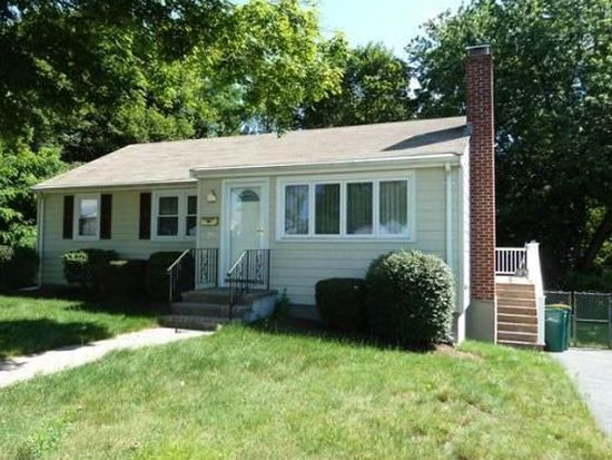 28 E Cross St, Norwood, MA 02062