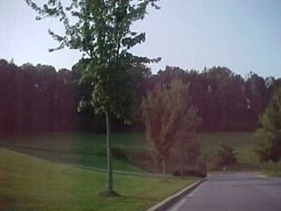 10 Saint Annes Ct, Johnson City, TN 37604