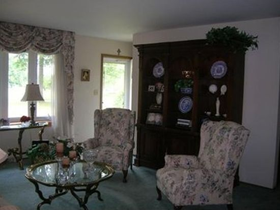 3238 Hann Hill Rd, Hermitage, PA 16148