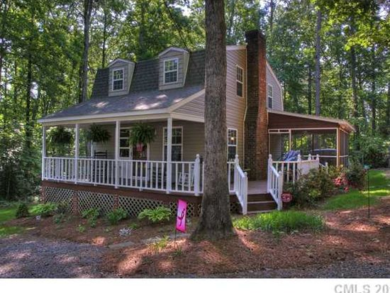 162 11th Ave, New London, NC 28127