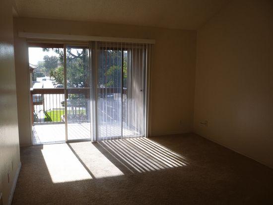 5473 Adobe Falls Rd UNIT 9, San Diego, CA 92120