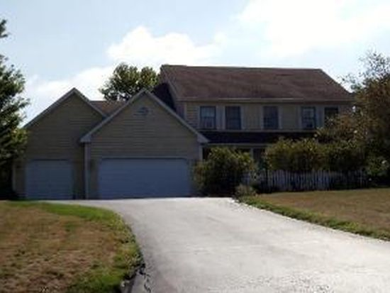 3N805 Arbor Creek Rd, St Charles, IL 60175