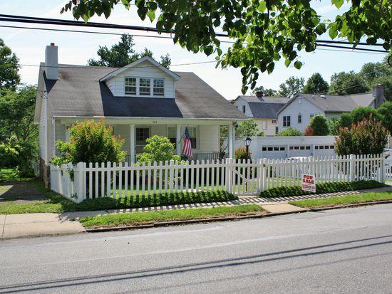 204 S Narberth Ave, Narberth, PA 19072