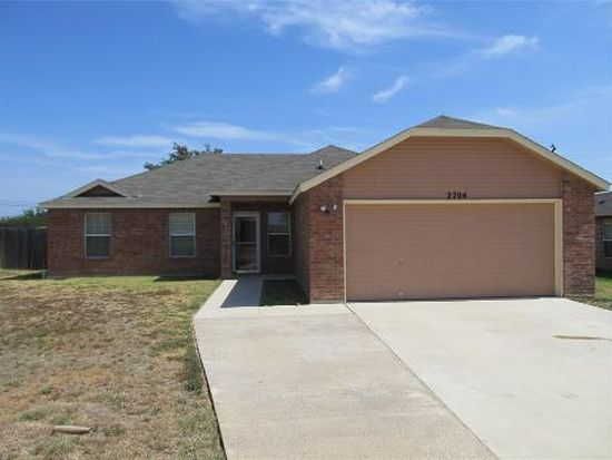 2704 Joseph Dr, Copperas Cove, TX 76522