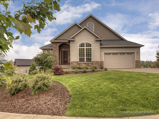 15067 SE Bunker Hill Ct, Happy Valley, OR 97086
