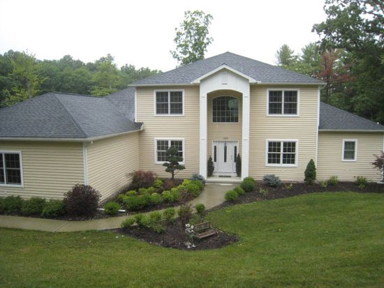 1443 Queen Esther Dr, Sayre, PA 18840