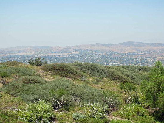 7825 E Quinn Dr, Anaheim, CA 92808