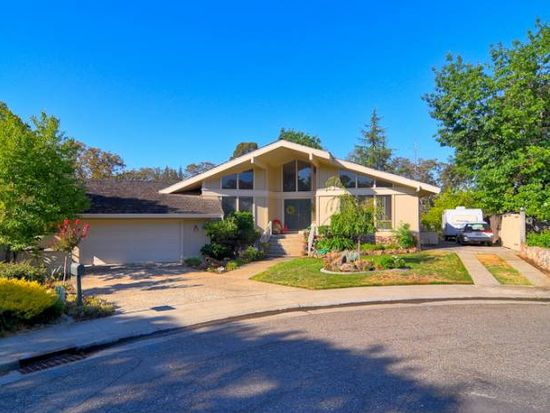 8940 Renoir Ct, Fair Oaks, CA 95628