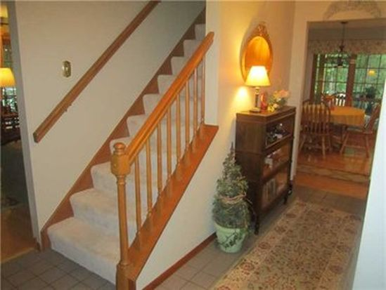 7033 Franklin Rd, Cranberry Twp, PA 16066
