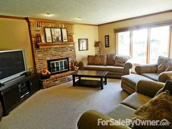 116 Chesterfield Dr, Noblesville, IN 46060
