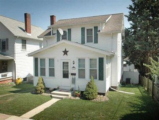 14 S 6th St, Youngwood, PA 15697