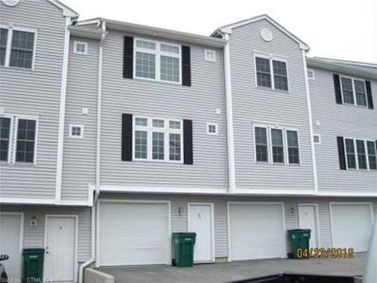 4 Paddock Ln UNIT 4, Norwich, CT 06360