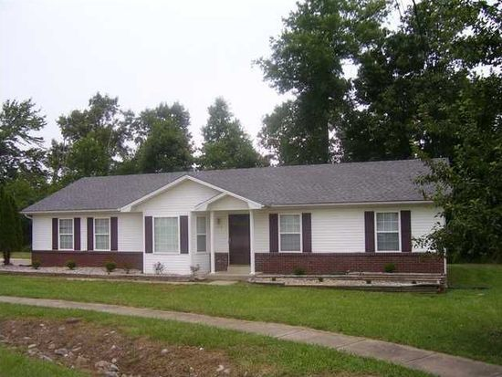 218 Lilac Ct, Radcliff, KY 40160