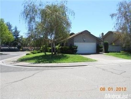 2406 Meadow Lake Dr, Stockton, CA 95207