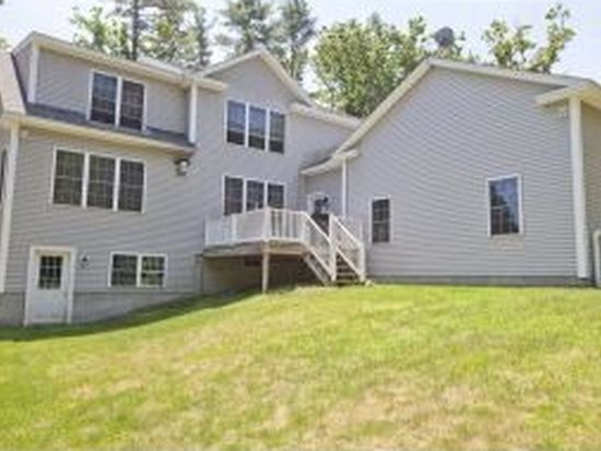 16 Welch Rd, Londonderry, NH 03053