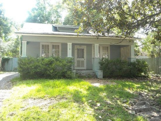 323 Young St, Thomasville, GA 31792