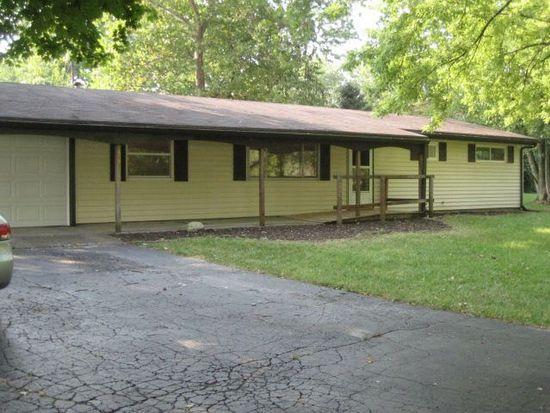 4061 Rosehill Dr, Beavercreek, OH 45431