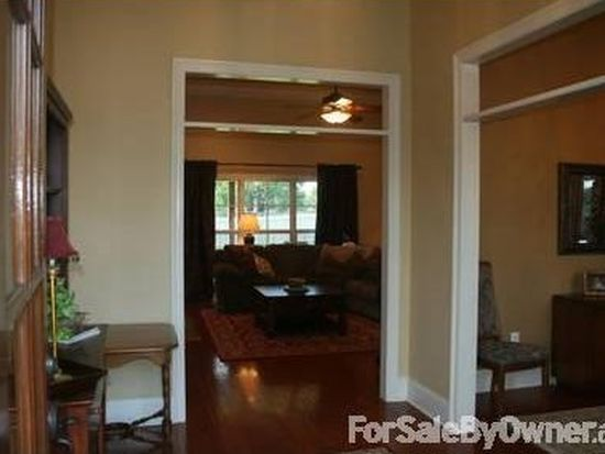 405 Abbey Woods, Brandon, MS 39047