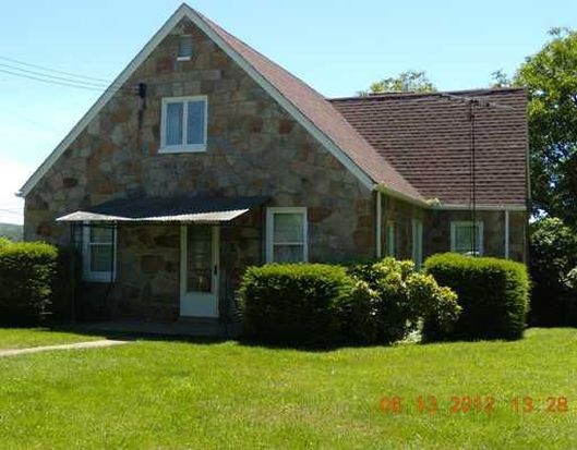 312 Hickory Ave, Derry, PA 15627