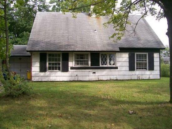 6 Pebble Ln, Willingboro, NJ 08046