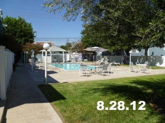 15106 Nordhoff St UNIT 11, North Hills, CA 91343