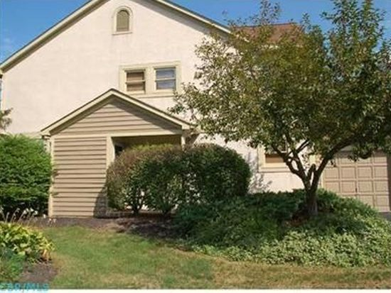 1255 Spring Brook Ct, Westerville, OH 43081