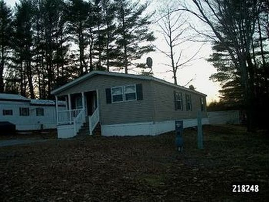 8 Lilac Dr, Rochester, NH 03867