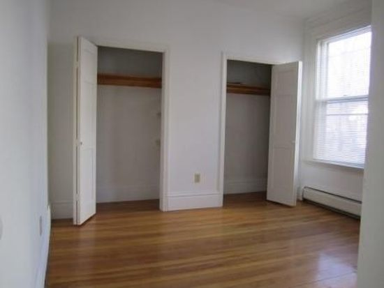 34 Fountain St APT 2, Haverhill, MA 01830