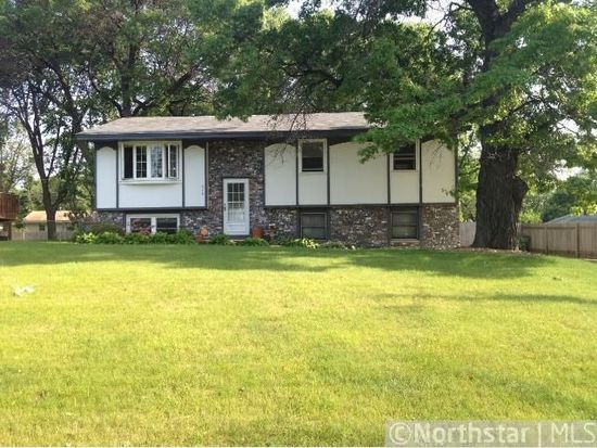 278 105th Ave NW, Coon Rapids, MN 55448