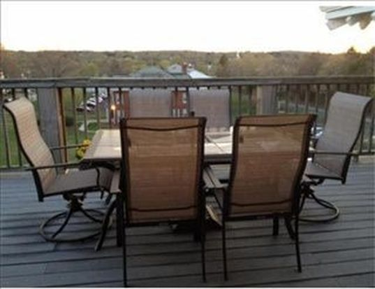 60 Buttonwoods Ave APT 304, Haverhill, MA 01830
