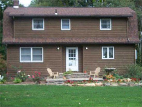 47 Allen Ln, West Middlesex, PA 16159