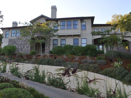 178 Main Dr, San Rafael, CA 94901