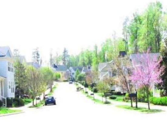 1400 Town Home Dr, Apex, NC 27502
