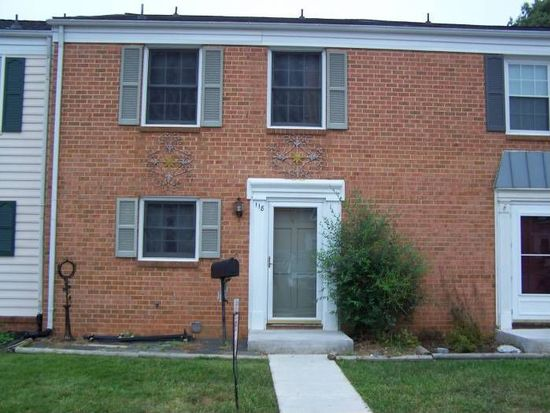 118 Oxford Sq, Vinton, VA 24179