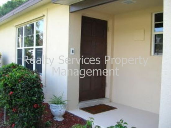 4310 Lagg Ave, Fort Myers, FL 33901