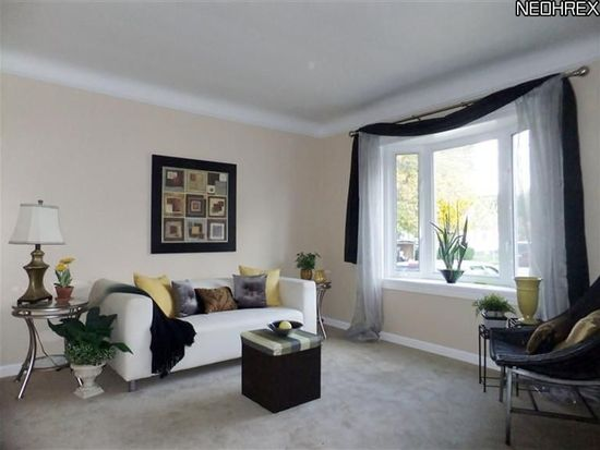 1624 Douglas Rd, Wickliffe, OH 44092