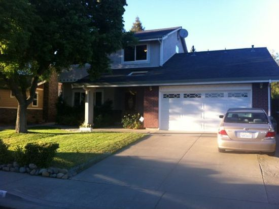 178 Waterford Dr, Vacaville, CA 95688