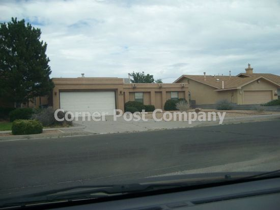 5115 Vicksburg Dr NW, Albuquerque, NM 87120